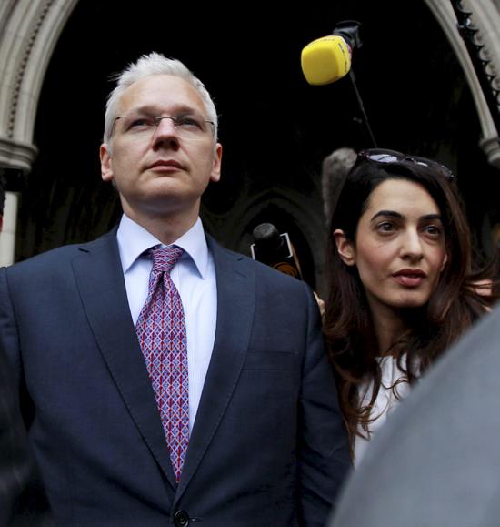 Julian-Assange1-a