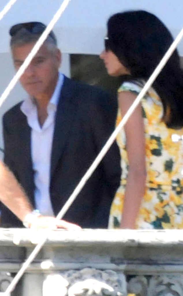 rs_634x1024-140827092330-634.3.Amal-Alamuddin-Visits-George-Cloobey-Set-Kiss.jl.082714