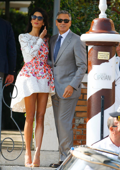 U.S. actor Clooney and his wife Alamuddin arrive at the Cipriani hotel in Venice