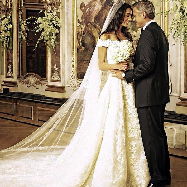 amal alamuddin and george clooney s wedding amal clooney style. Black Bedroom Furniture Sets. Home Design Ideas