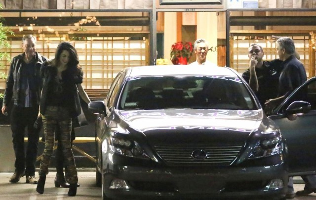 george-clooney-amal-step-out-for-dinner-after-baby-rumors-13