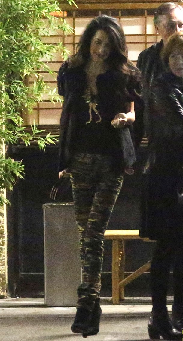 george-clooney-amal-step-out-for-dinner-after-baby-rumors-24