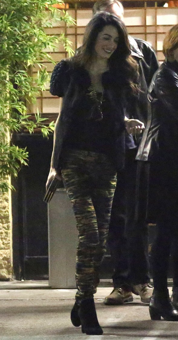 george-clooney-amal-step-out-for-dinner-after-baby-rumors-28