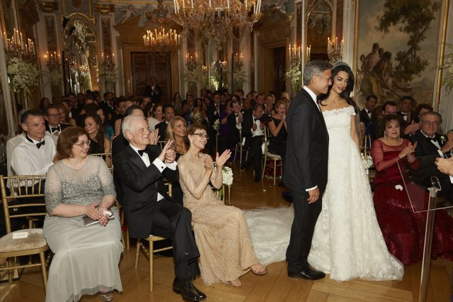 Go-Inside-George-Clooney-Amal-Alamuddin-Wedding-Never-Before-Seen-Snaps (17)