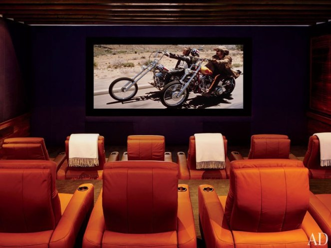 item22_rendition_slideshowVertical_cindy-crawford-rande-gerber-21-george-clooney-home-theater