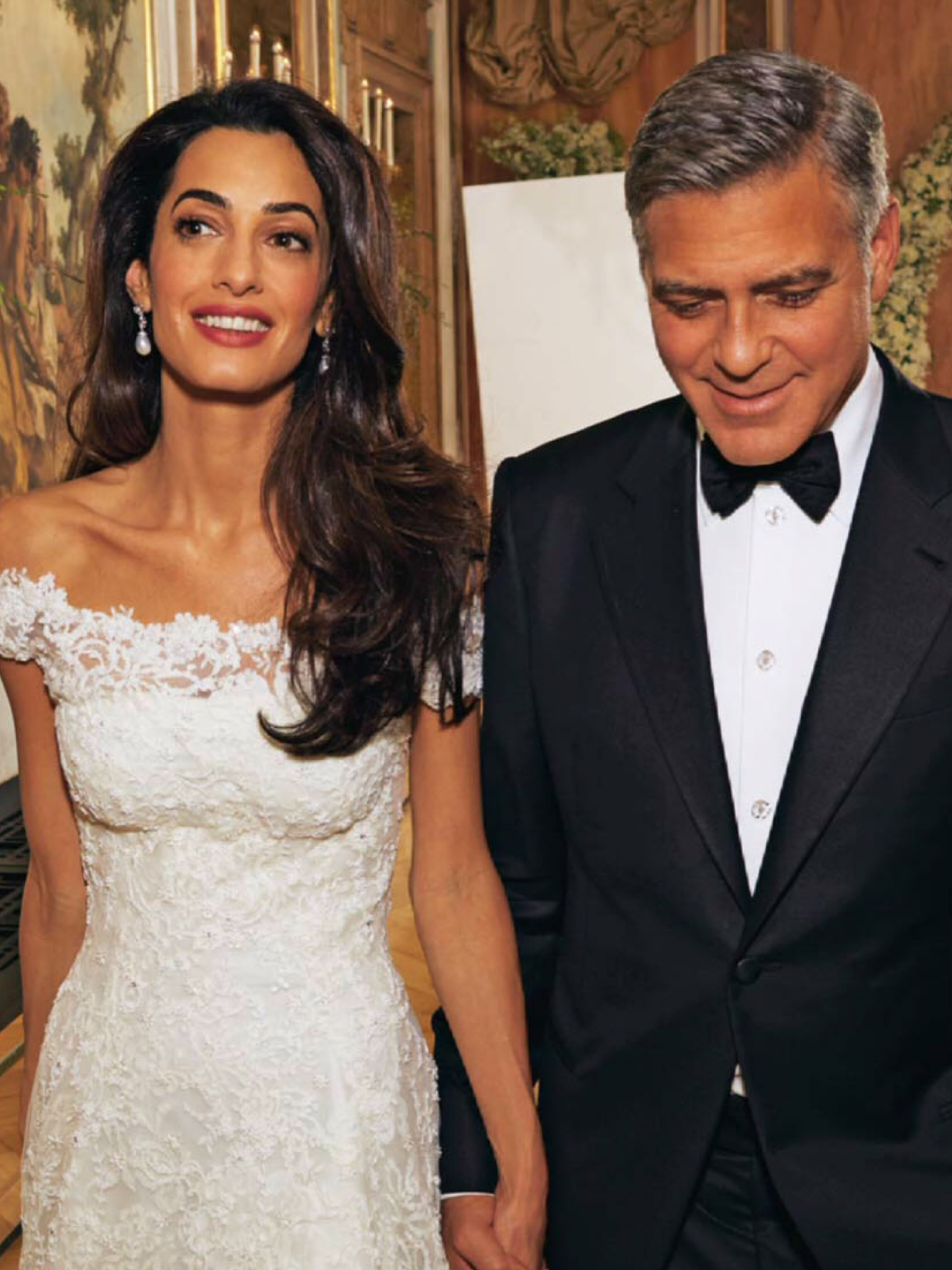 photo day jewellery chatila earrings wedding clooney amal her style for in