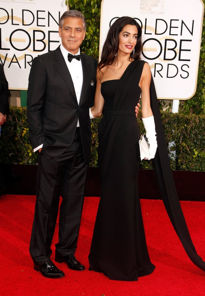 Standing-next-her-new-husband-Amal-steals-spotlight (1)