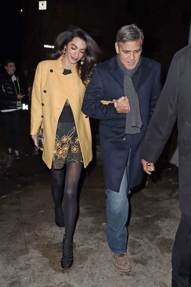 George-Clooney-and-wife-Amal-hold-hands-as-they-walk-back-to-their-hotel (4)