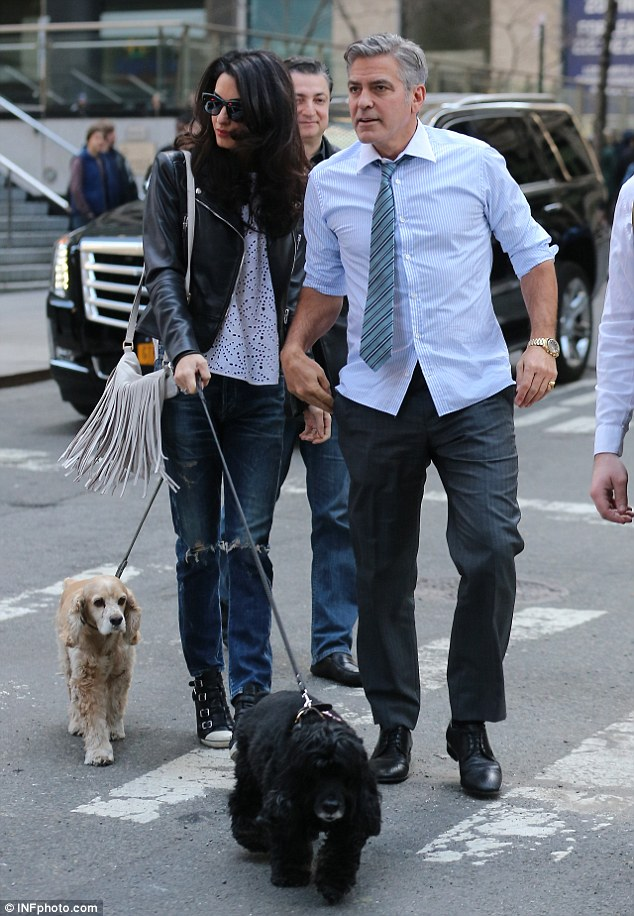 277FA06400000578-3036224-Family_visit_George_Clooney_welcomed_wife_Amal_and_their_pet_coc-a-7_1428881314607