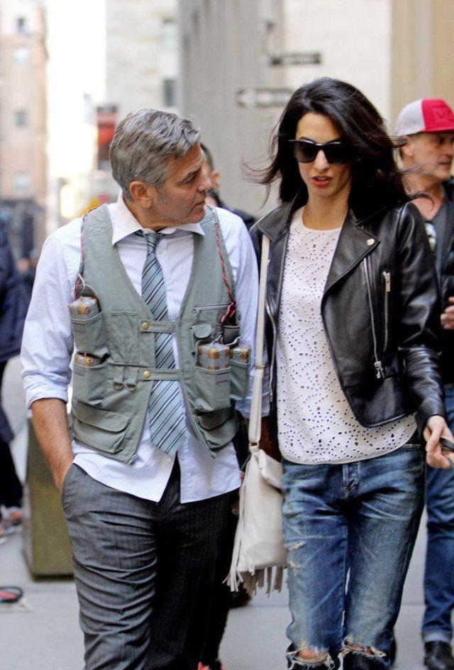 Amal-Alamuddin-Visits-George-Clooney-Set-His-Dog (3)