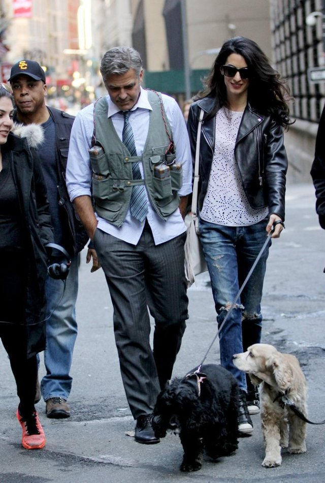 Amal-Alamuddin-Visits-George-Clooney-Set-His-Dog (4)