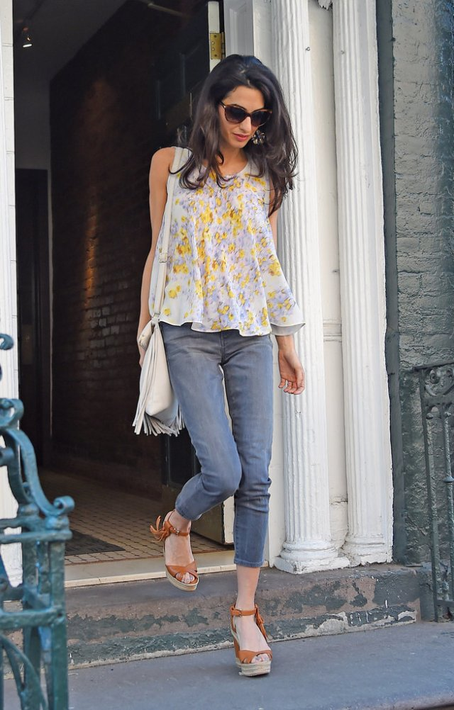 Amal-Clooney-Wearing-Floral-Giambattista-Valli-Top (1)