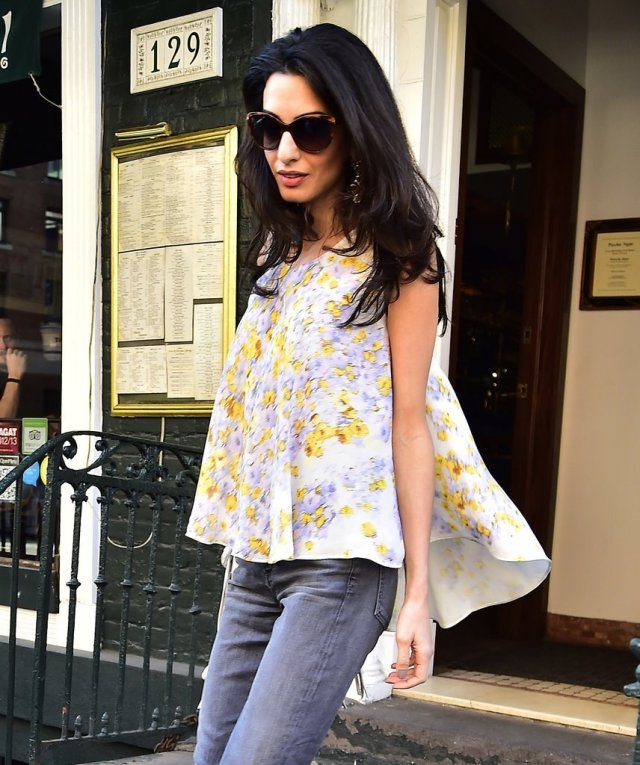 Amal-Clooney-Wearing-Floral-Giambattista-Valli-Top (2)