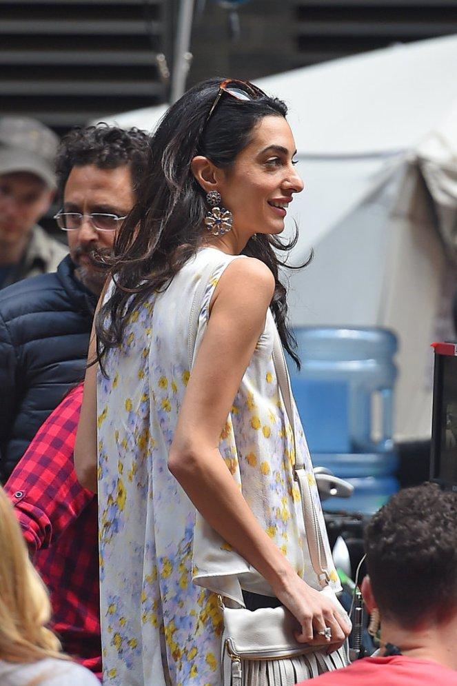 Amal-Clooney-Wearing-Floral-Giambattista-Valli-Top (6)