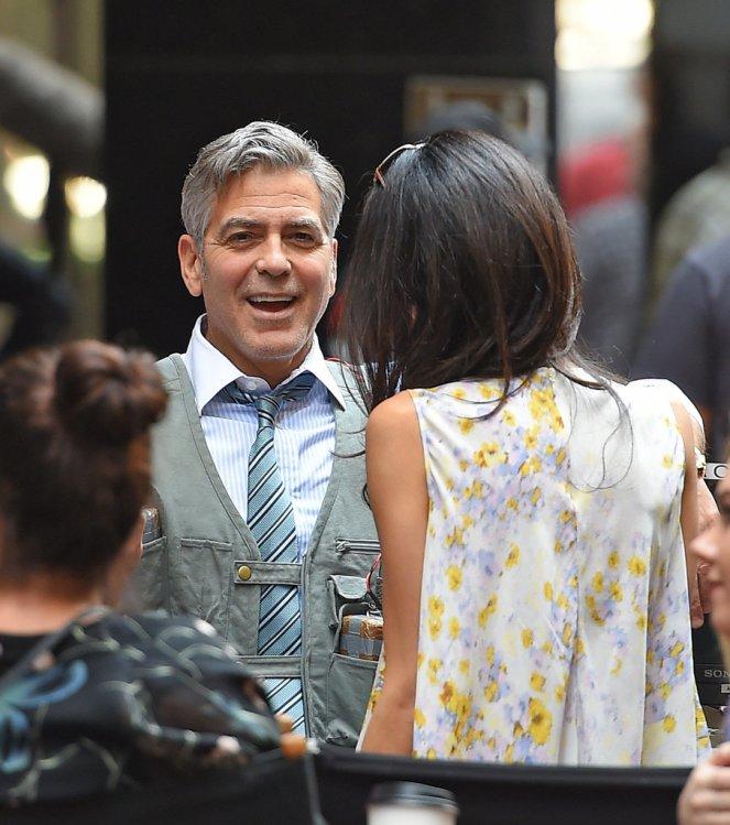 Amal-Clooney-Wearing-Floral-Giambattista-Valli-Top (7)