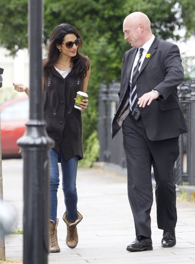 Jeans amal clooney style