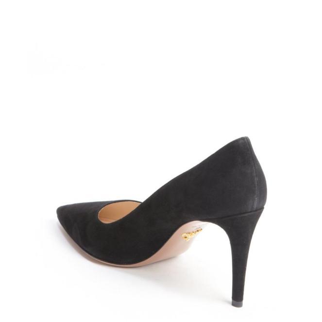 605-Prada-women-s-black-suede-pointed-toe-pumps-3