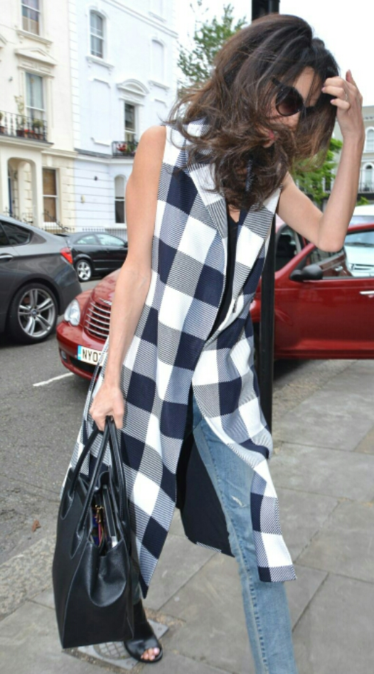 amal checked coat 3