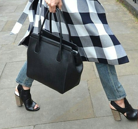 amal checked coat 5