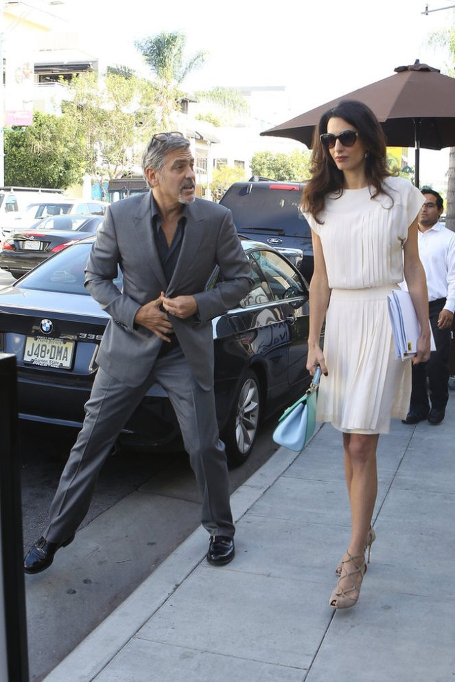 George-et-Amal-Clooney-le-22-octobre-2015_portrait_w674 (2)