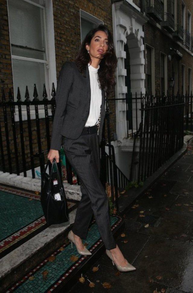 Photos-Amal-Clooney-maigrissime-a-Londres_portrait_w674 (1)