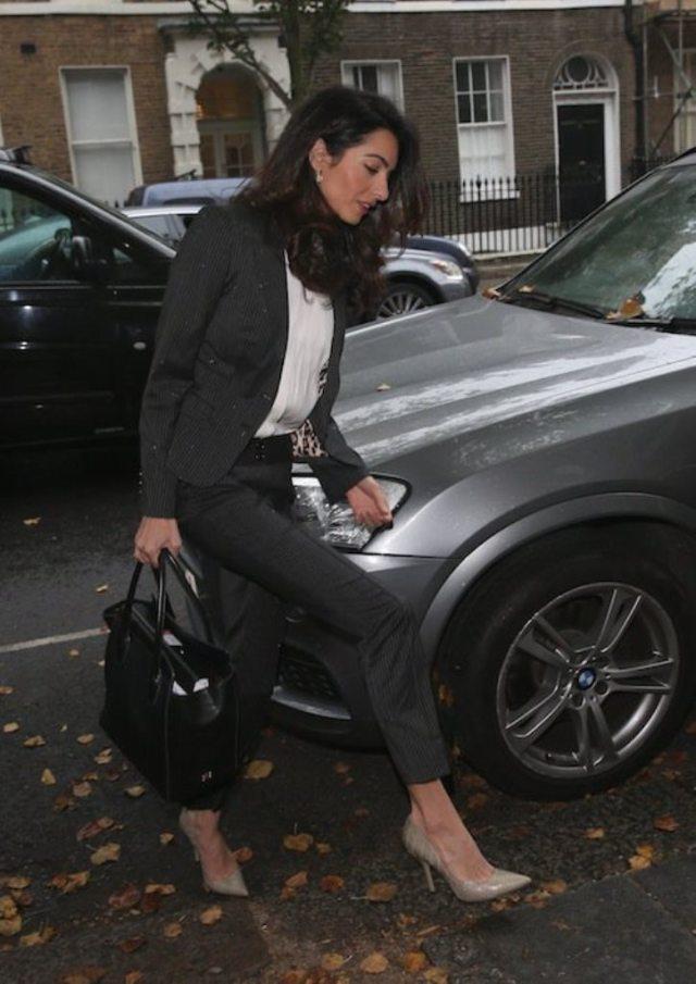 Photos-Amal-Clooney-maigrissime-a-Londres_portrait_w674 (4)