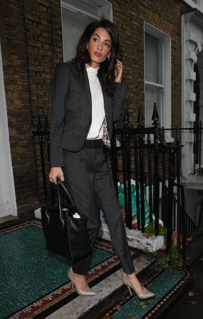 Photos-Amal-Clooney-maigrissime-a-Londres_portrait_w674