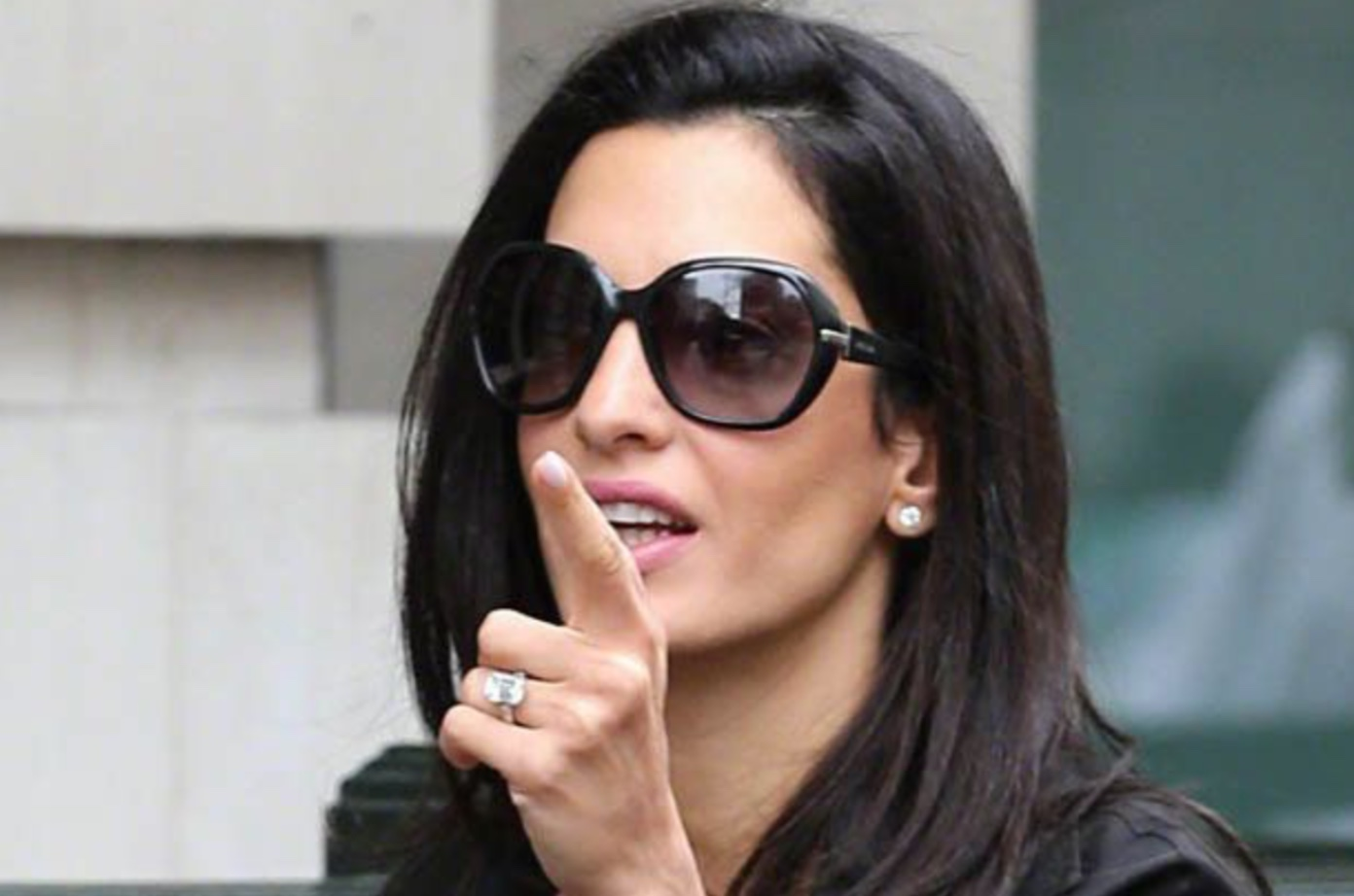 Amal Clooney could replace her engagement ring 24112015 Amal