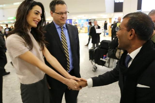 160121-mohamed-nasheed-amal-clooney-london-957a_cbb4d2138e35843173f6d3101443ea93.nbcnews-fp-1200-800