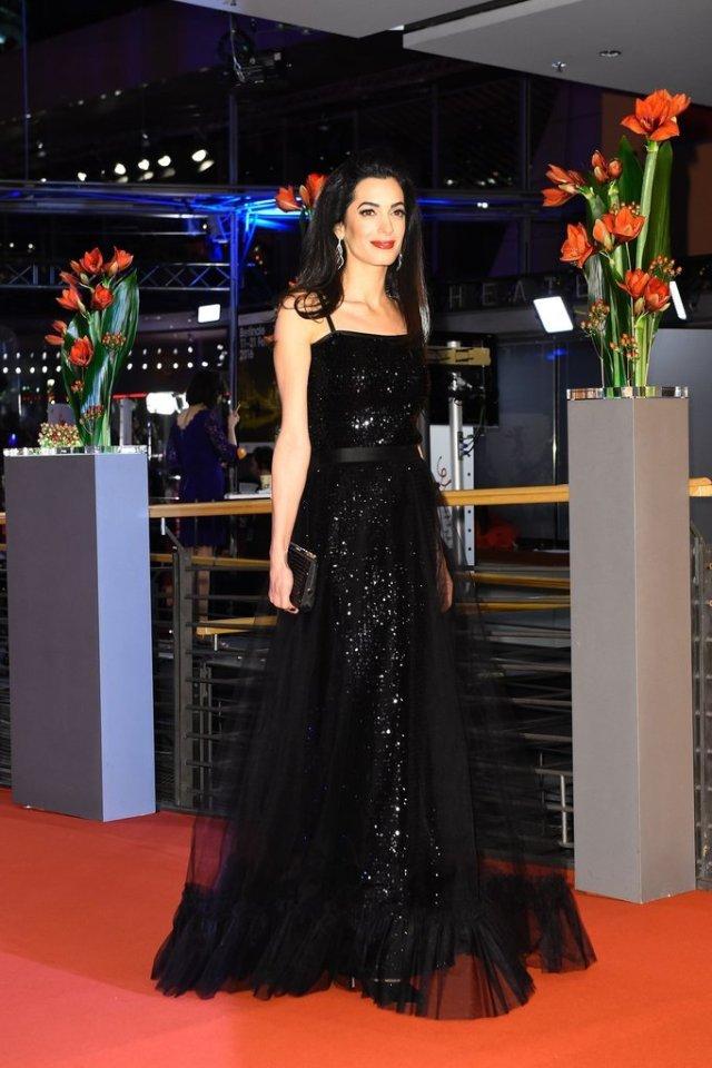 Amal-Clooney-Black-Gown-Hail-Caesar-Germany-Screening