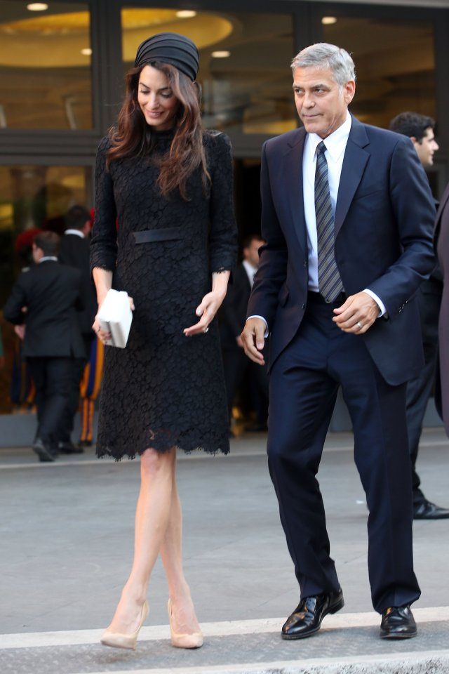 Amal-Clooney-Black-Lace-Dress-Seminary-Pope-Francis (5)
