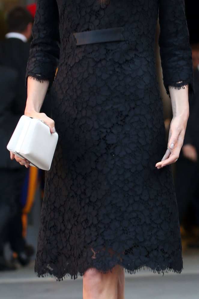 Amal-Clooney-Black-Lace-Dress-Seminary-Pope-Francis (7)