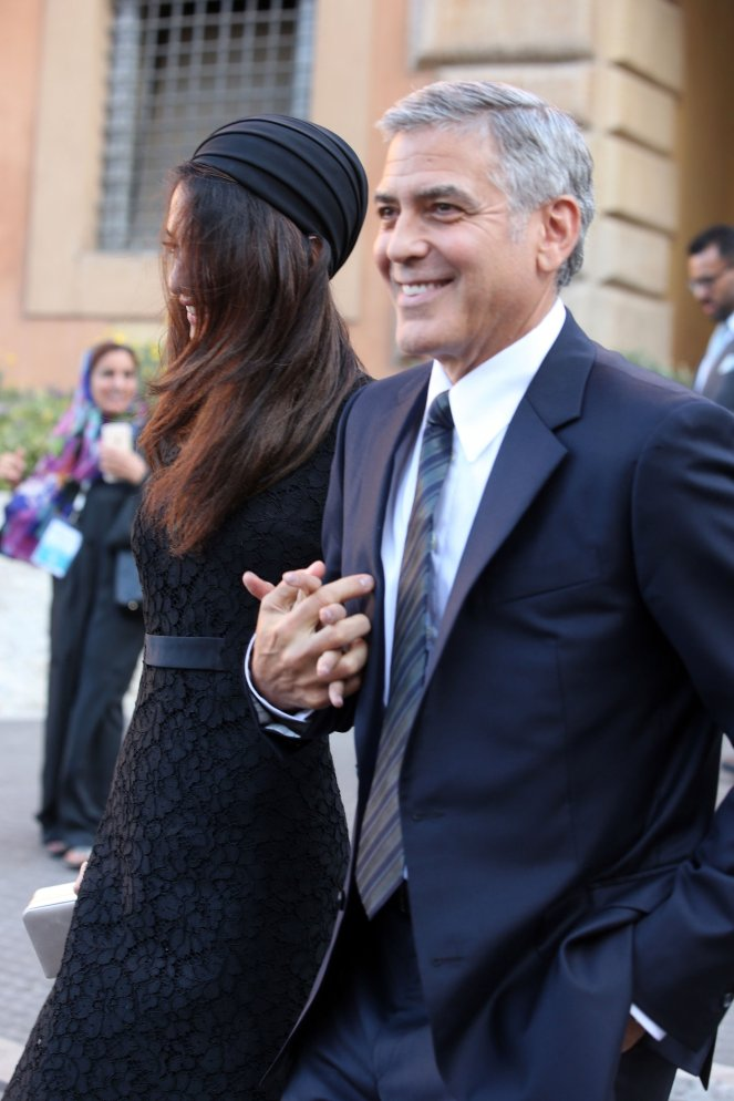 Amal-Clooney-Black-Lace-Dress-Seminary-Pope-Francis (9)