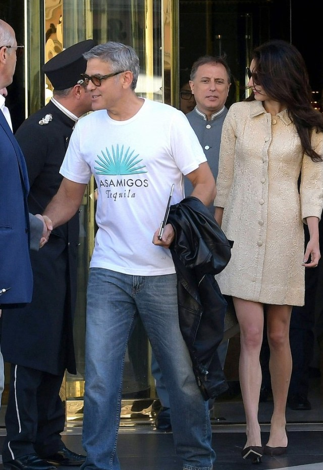 amal-clooney-looks-chic-at-airport-with-husband-george-17