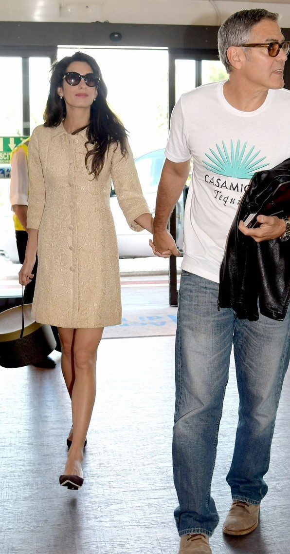 amal-clooney-looks-chic-at-airport-with-husband-george-29 (1)